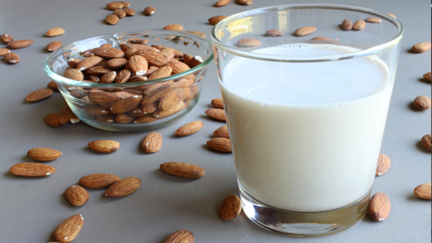 Make-your-own-almond-milk