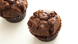 Make-double-chocolate-protein-muffins