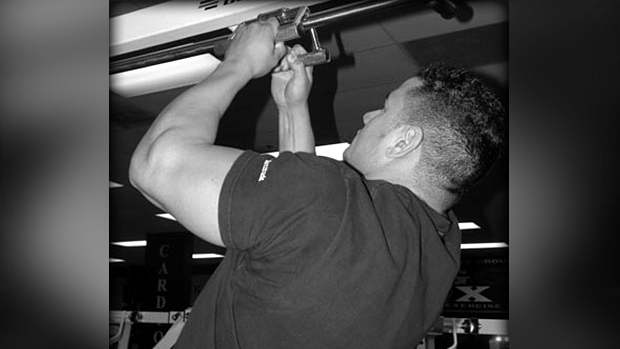 Neutral Grip Chin-Up
